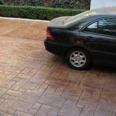 En cuánto tiempo puedo subir un auto a mi piso estampado recién hecho.